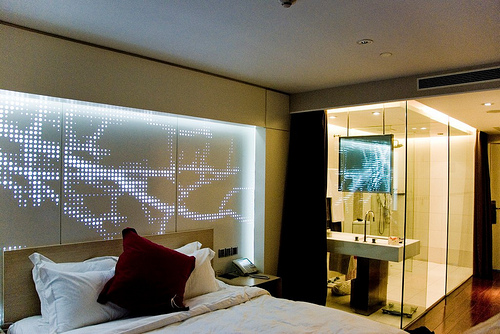 Hotel Kapok - Typical Room with Glass Wall Bathroom